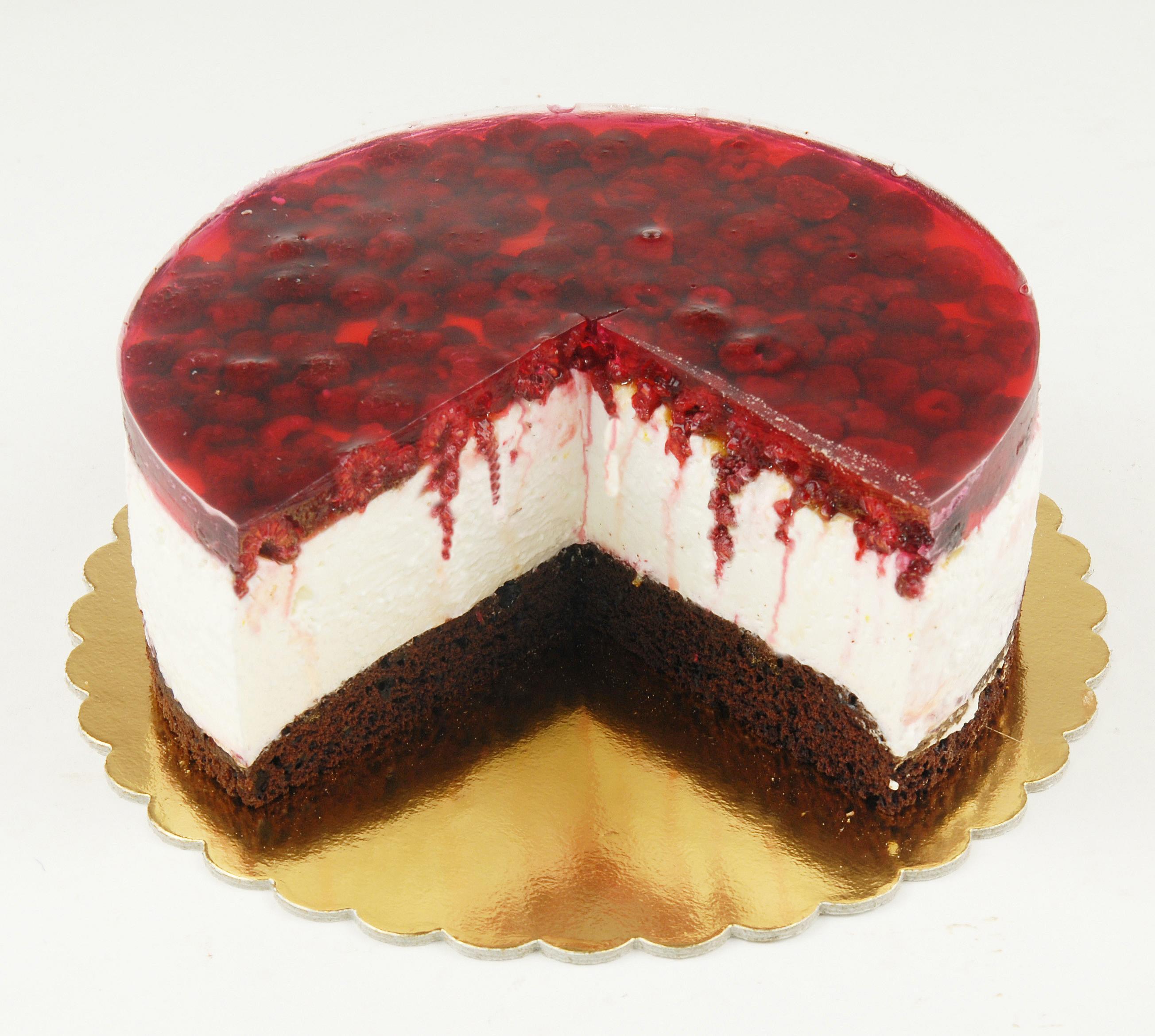 Málnás krémtúró torta
