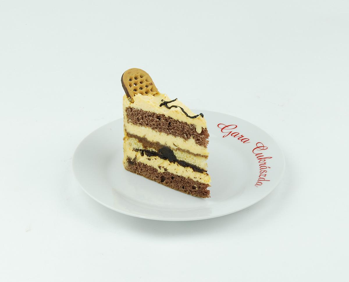 Csokis-keksz-torta szelet